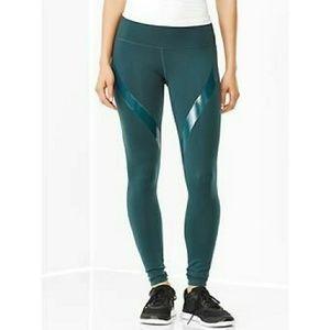 Green Gapfit leggings size M